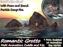 333 - Outside Sim Island Grotto Romantic Cuddle