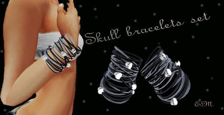 Skull bracelets set