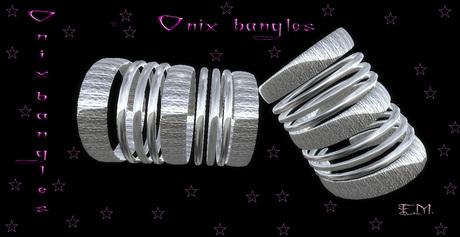 Onix bangles