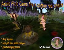 Petite Kochtopf auf Feuer mit Garnrolle Stühle, eine zierliche Garten Accessoire von Petite Pixie Wunderland!