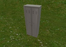 Latamiers 1 Prim Storage Locker for looks, inventory management, scenery, or what ever you want.