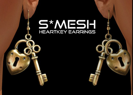 S*MESH - HeartKey Earrings