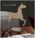PILOT - Its a horse