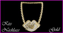 Kiss Necklace Gold