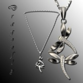 Dragonfly Necklace Platinum [box]