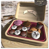 Special price marketplace !! Follow US !! Meal box- Cookies and cupcakes COPY version