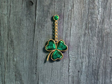 *dL* St. Patrick's Day Emerald Clover Belly Dangle