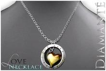 :Diamante: LOVE Necklace - Gold