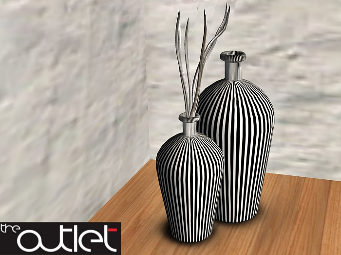 CO Sunlounge Vases