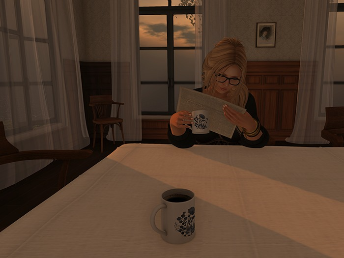 Dutchie free mesh coffee mug in 2 versions: decorational and wearable